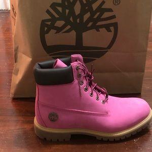 Timberland breast cancer Susan G Komen boots